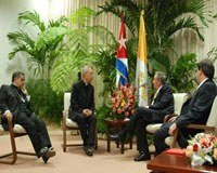 Mamberti_meets_with_Raul_Castro.jpg