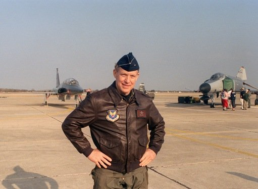 Brigadier General Steve Ritchie's last career flight.jpg