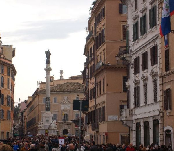 On December 8, the statue of the Immaculate Conception in Piazza di Spagna is especially adorned by the faithful