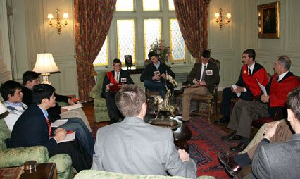 Conference participants used study circles to discuss and debate ideas developed during the lectures.