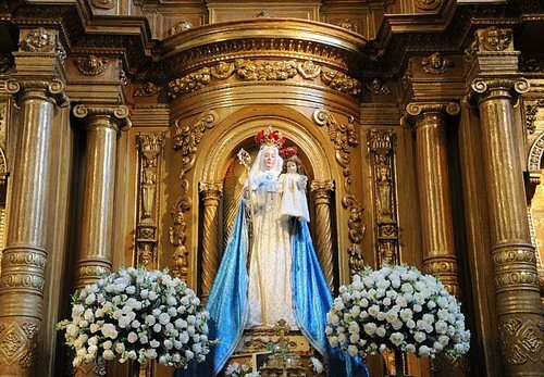 2010_OLGS_06 Our Lady Offers Good Success in Quito