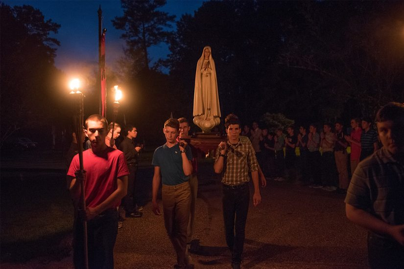 Catholic Boys Prove How Chivalry Is Not Dead 5