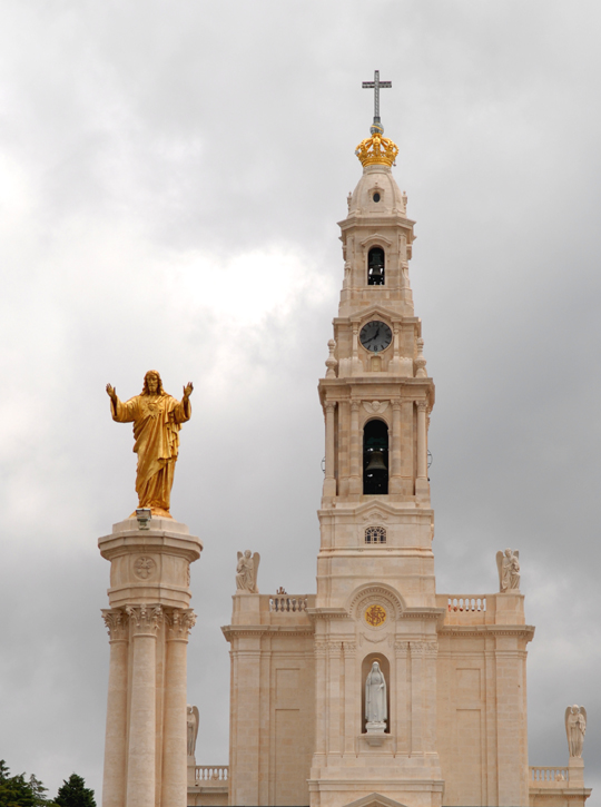 Fatima Basilica with statue of Sacred Heart of Jesus - At Fatima, Our Lady offered a heavenly solution for today's crisis