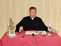 Monsignor Schmitz Visits Washington Bureau