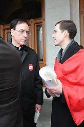 TFP volunteer John Ritchie talking with Bishop Mansell.