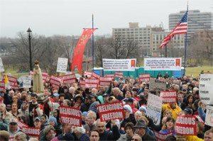 Anti-Catholic Bill Stalls as Faithful React