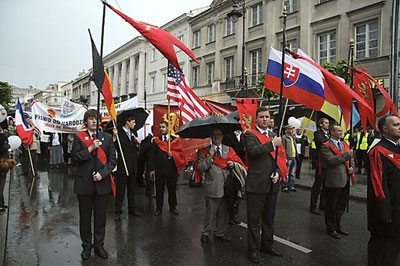 """Braving Heavy Rain, Poland Says NO! to Abortion and Same-Sex """"Marriage"""""""