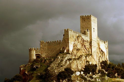 Almansa: A Castle of Dreams and Christian Heroism