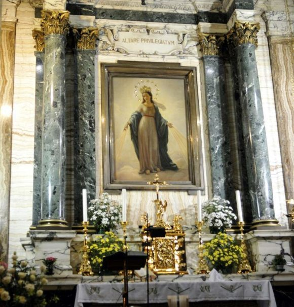 Madonna del Miracolo side altar of the Church of Saint Andrea delle Fratte where Alphonse Ratisbonne converted to Catholicism