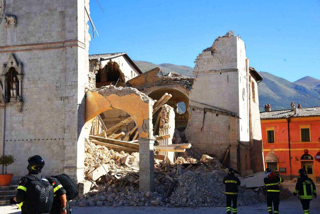 earthquake_damage_to_basilica_of_st_benedict-1