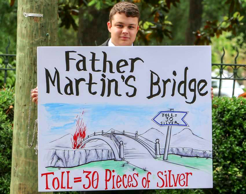 "Faithful Catholics Oppose ""Rainbow"" Priest in Atlanta - Fr. James Martin, S.J."