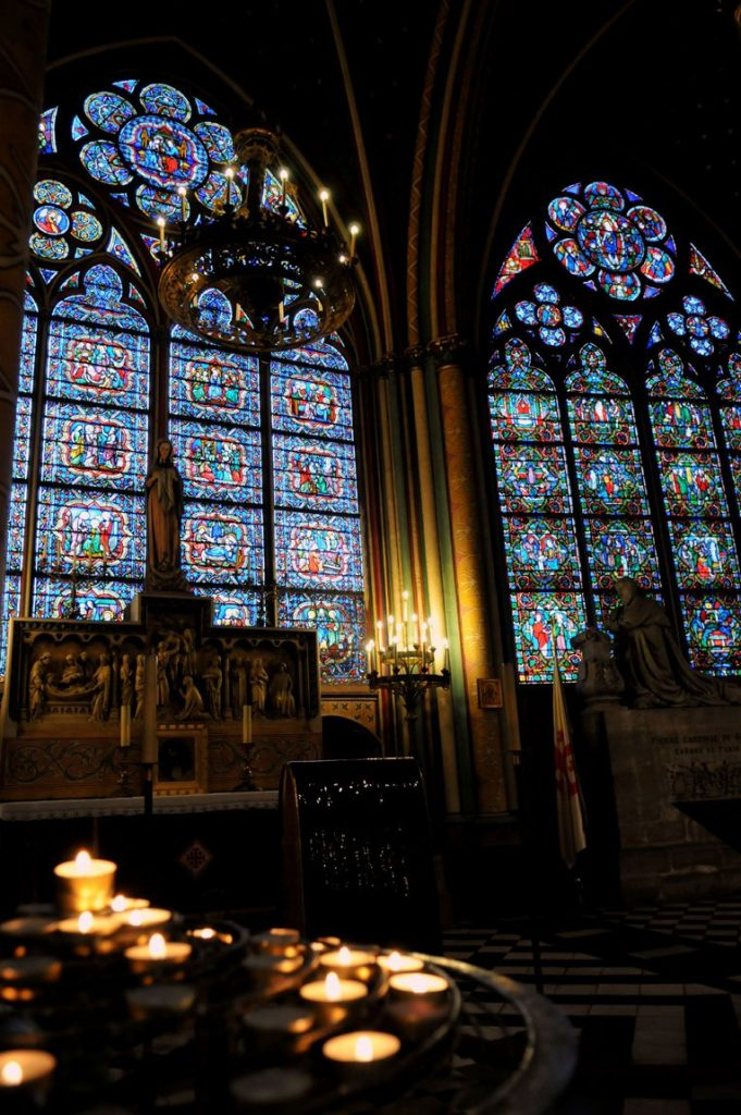 Notre-Dame Cathedral, Relic of the True Cross Chapel