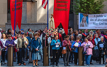 One Million Catholics Pray the Rosary in the Streets