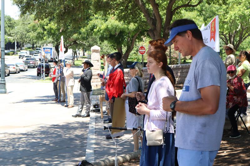 A Clash of Two Caravans in Austin, Texas