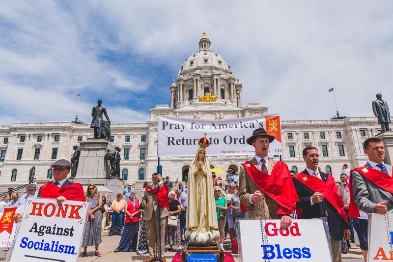 Catholics Pray for Conversion in Riot-Scarred Minnesota